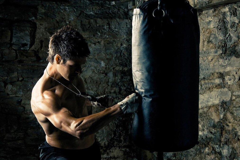 Побить «грушу» для борьбы с гневом